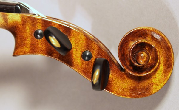 Wonderful original antique Italian violin made by Egidia Bizzi 1950