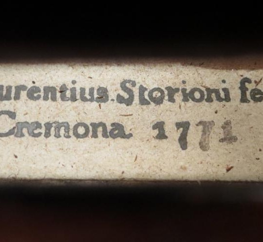 Gorgeous vintage antique 18th century Italian labelled Storioni, Laurentius 1771 Cremona
