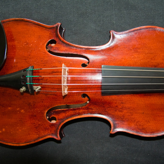 Beautiful antique vintage Itaslian violin labelled Alpheus Messina 1943