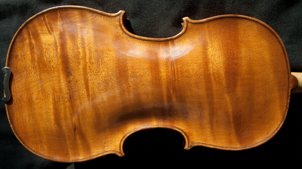 Wonderful 18th century antique Italian violin labelled Carlo Tononi 1716