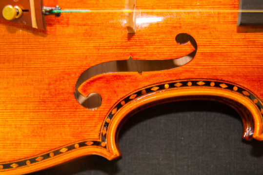 'Hellier' Stradivarius 1679 replica model violin, best available violins under £1500, Virtuosi violins own label.