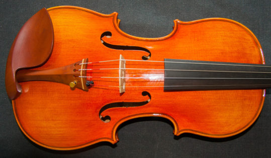'Alard-Baron Knoop' Stradivarius 1715 replica model violin, best available violins under £1000, Virtuosi violins own label.